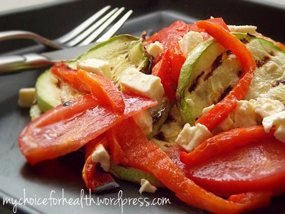 salata cu dovlecei si ardei